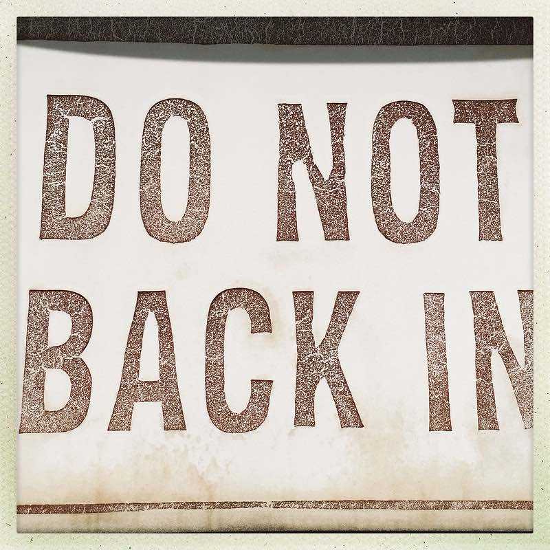 do not back in sign