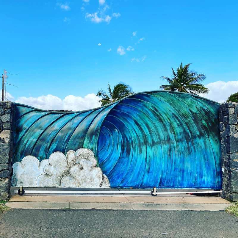 big blue wave gate in Kihei